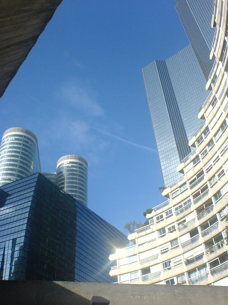la defense caserne vue depuis le parking de la caserne d flickr. Black Bedroom Furniture Sets. Home Design Ideas