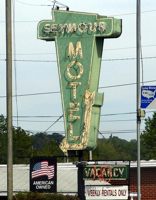 Motel  Knoxville Tn Cracker Barrel