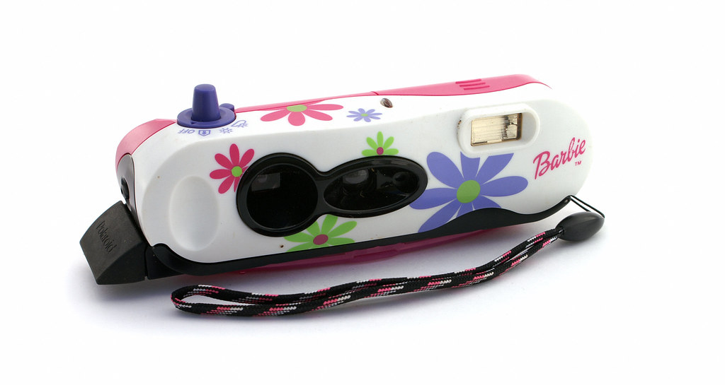 Polaroid i-Zone Pocket Camera-Barbie | Manufactured 1999 to … | Flickr