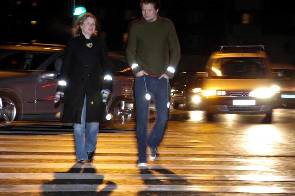 Pedestrian safety: Use retroreflectors in the dark - Flickr