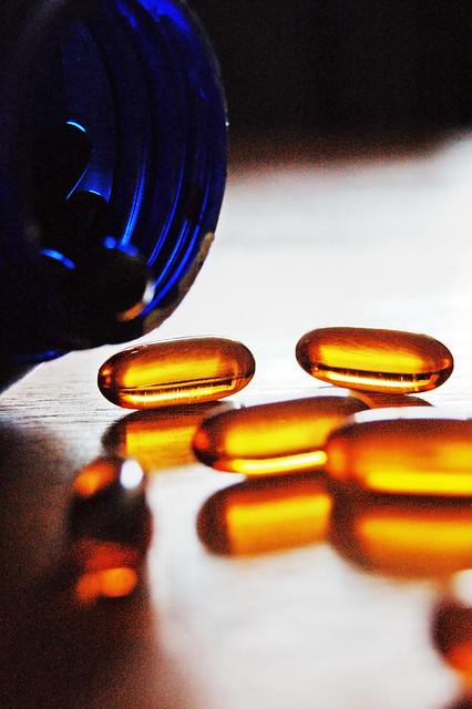orange capsule pharmaceutical color standards