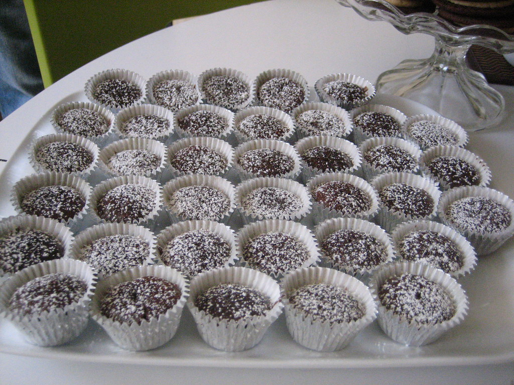Image Result For Flourless Chocolate Cake