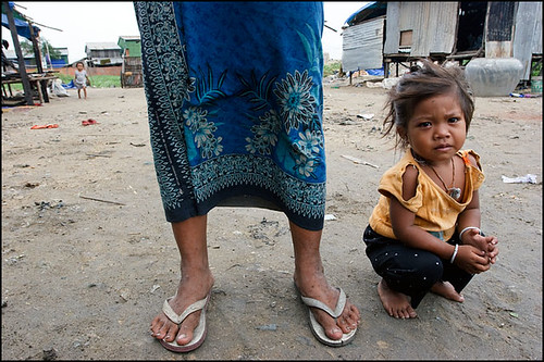 her daughter - Stung Meanchey, Cambodia | by Maciej Dakowicz