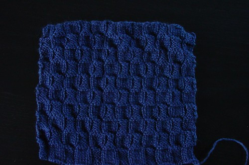 Vierkant, gebreid voor Knit a River project | by Breibeest