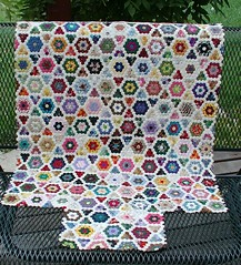 mini hex quilt | by sunshine's creations