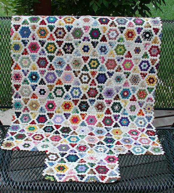 Mini Hex Quilt This Is A Minuture Hex Grand Mothers