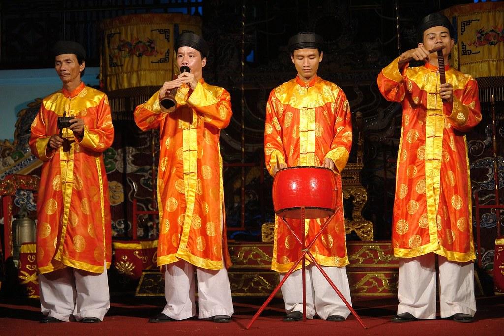Free Vietnamese Music