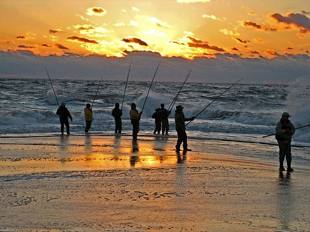 Surf fishing at cape hatteras debby ziegler flickr for Hatteras fishing reports
