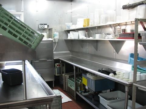 dishwashing station dumsers compared to dishwashing