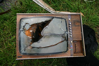 Old broken TV | by schmilblick