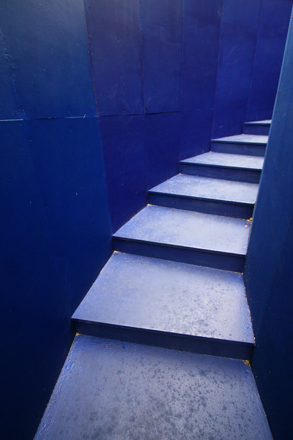 blue steps but where do they go taken in liverpool as par flickr