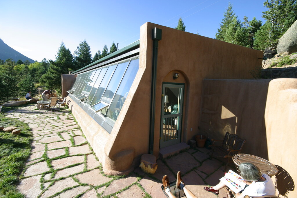 Passive Solar Tire House 2 East Entry And Patio Flickr