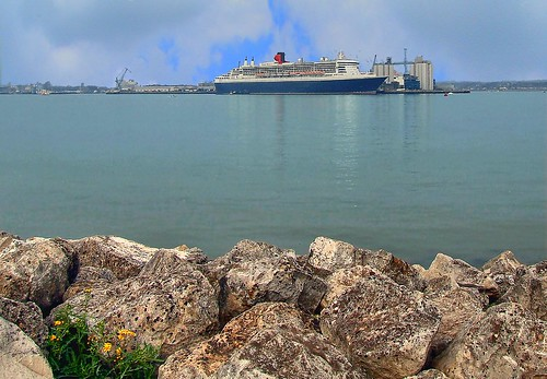 Queen Mary 2 - Southampton | by Chalkie_CC