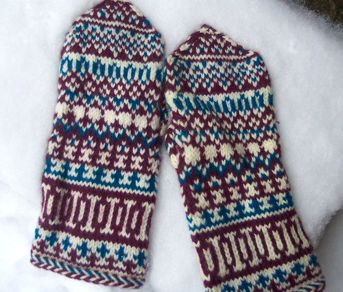 Mittens from Lapland | by Affiknitty