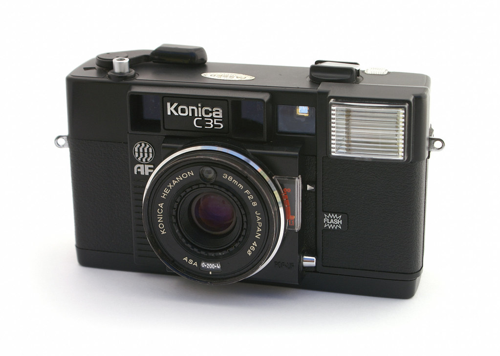 konica c35 how to use