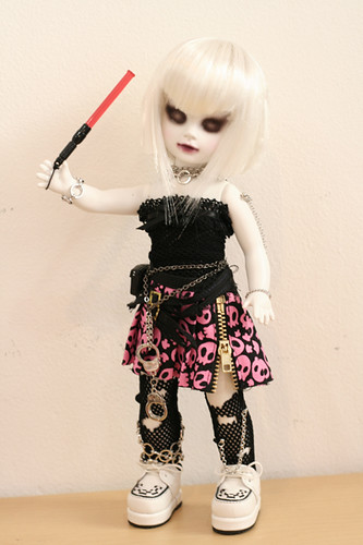 Living Dead Doll Custom Punk Mad 2 Tittle Punk Mad