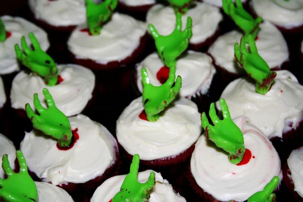 Halloween Red Velvet Cake Ideas