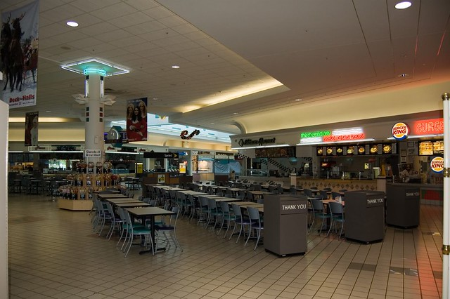 97 Valley West Mall jobs available. See salaries, compare reviews, easily apply, and get hired. New Valley West Mall careers are added daily on erlinelomantkgs831.ga The low-stress way to find your next Valley West Mall job opportunity is on Simply Hired. There are over 97 Valley West Mall careers waiting for you to apply!