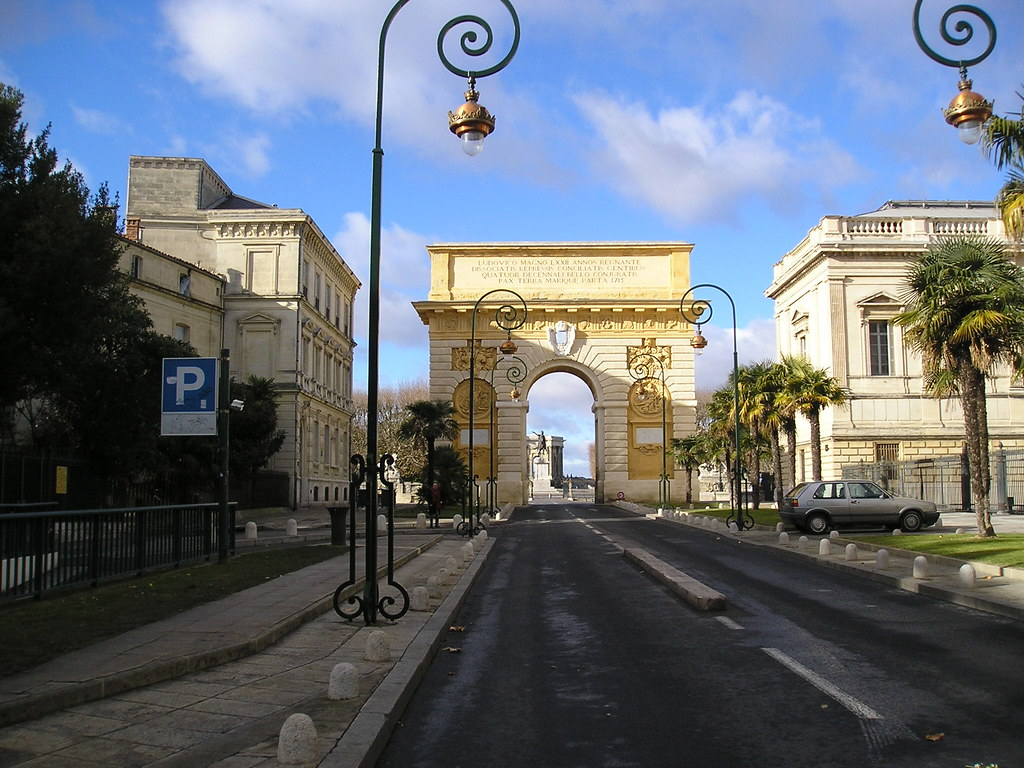 Arc de triomphe montpellier for Chambre de commerce varennes