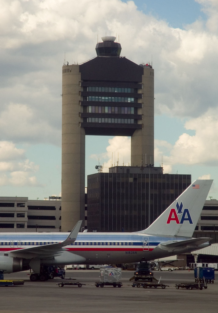Logan Airport Tower The Air Traffic Control Tower At