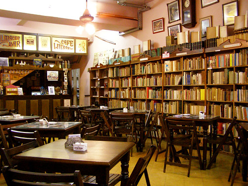 Bookstore Cafe La Cite