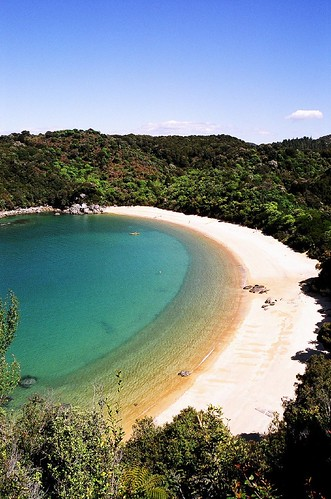 Te Pukatea Beach (Abel Tasman NP, New Zealand) | by and the moon rose