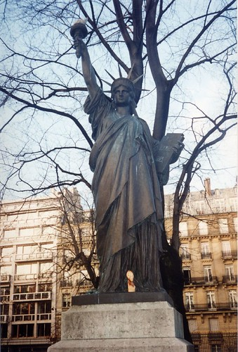 A Smaller Version Of The Statue Of Liberty In Luxembourg Flickr