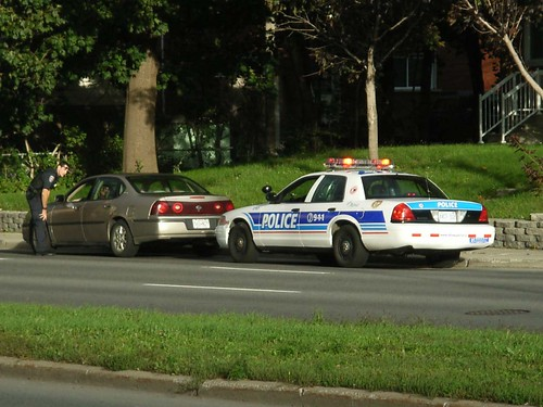 Cops Pull Over Nice Car : An ottawa police ford crown victoria car pulls over