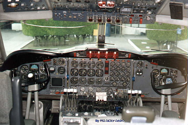 L188-cockpit   Lockheed Electra L188 cockpit at Santos ...