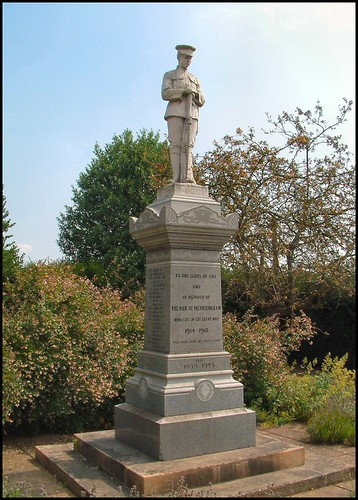 War Memorial, Metheringham, Lincolnshire | by Lincolnian (Brian) - BUSY, in and out