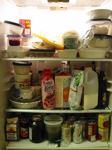 К чему снится, что йогурт во сне показался кислым на вкус?