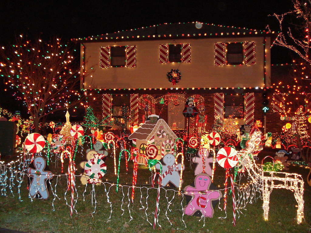 ... House On Tacky Lights Tour: Richmond VA 2006 | By Cafeholly