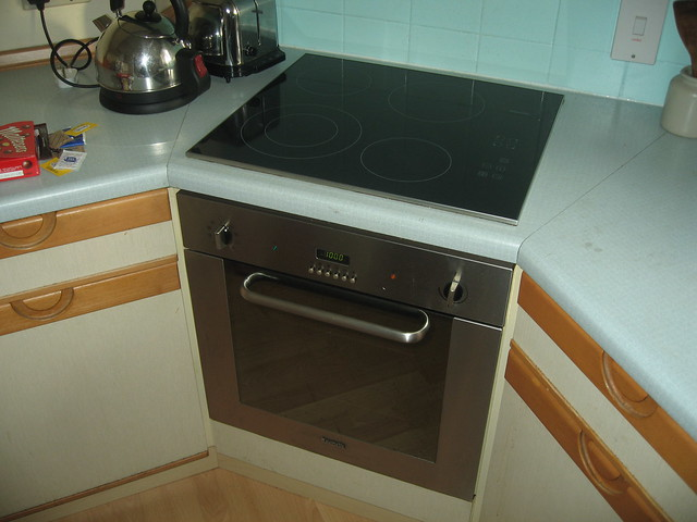 Old Fashioned Kitchen Hob ~ Home kitchen oven and hob flickr photo sharing