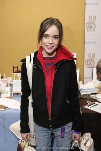 ELLEN PAGE   logan_187... Ellen Page