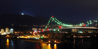 Lions Gate Bridge | by Herman Au - http://www.hermanau.com