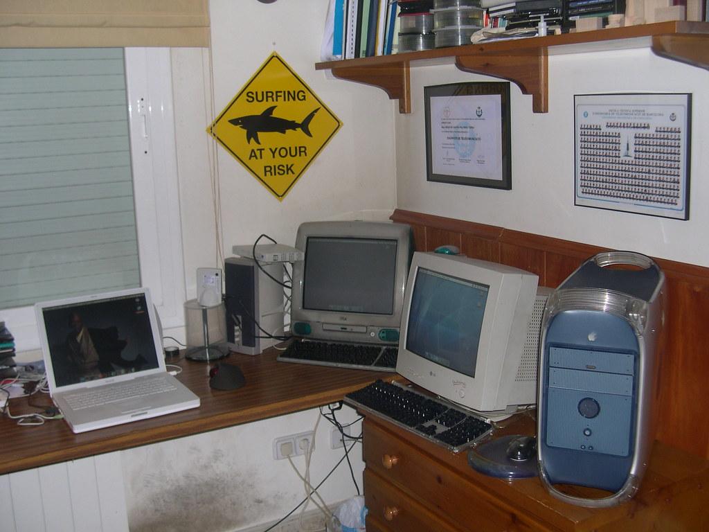 Mis 3macs mi escritorio con mistres joyas d salva de castro palomino terra flickr - Salva escritorio ...