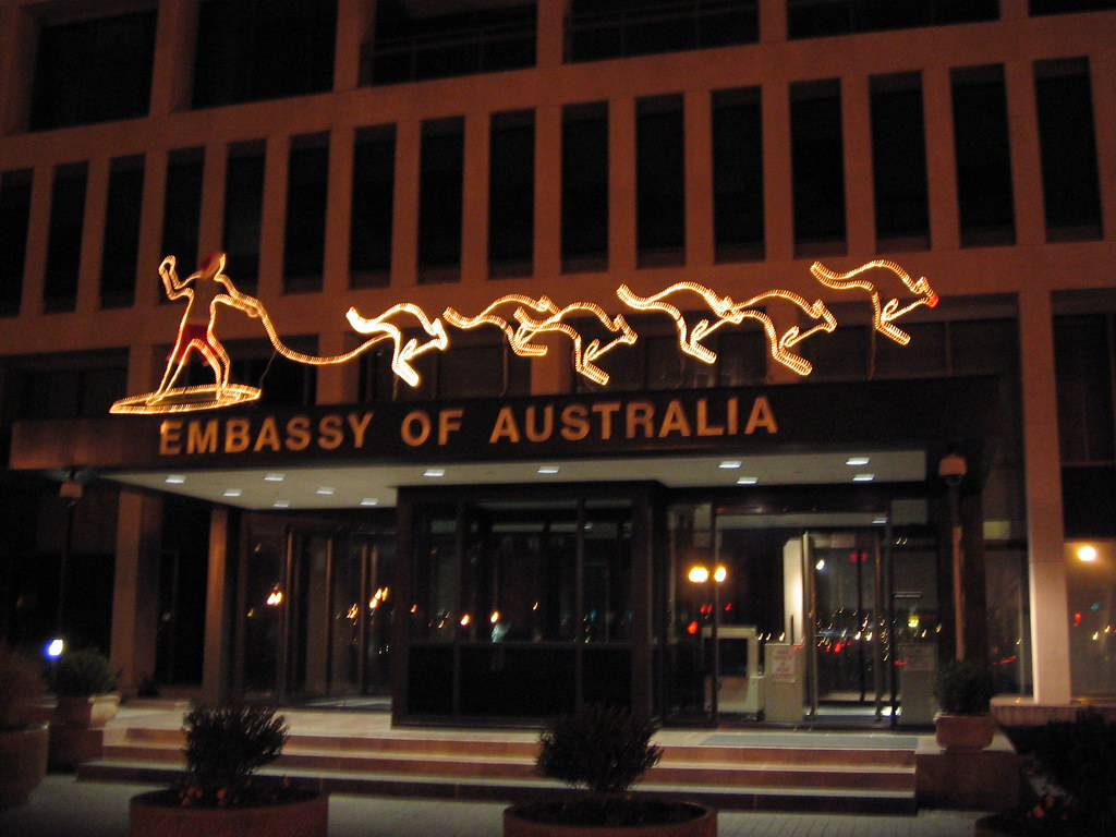 Dc australian embassy christmas decorations australian for Australian decoration ideas