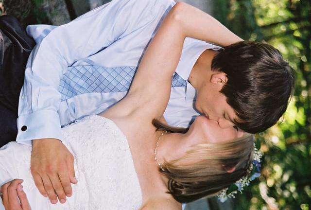 Armpit kiss