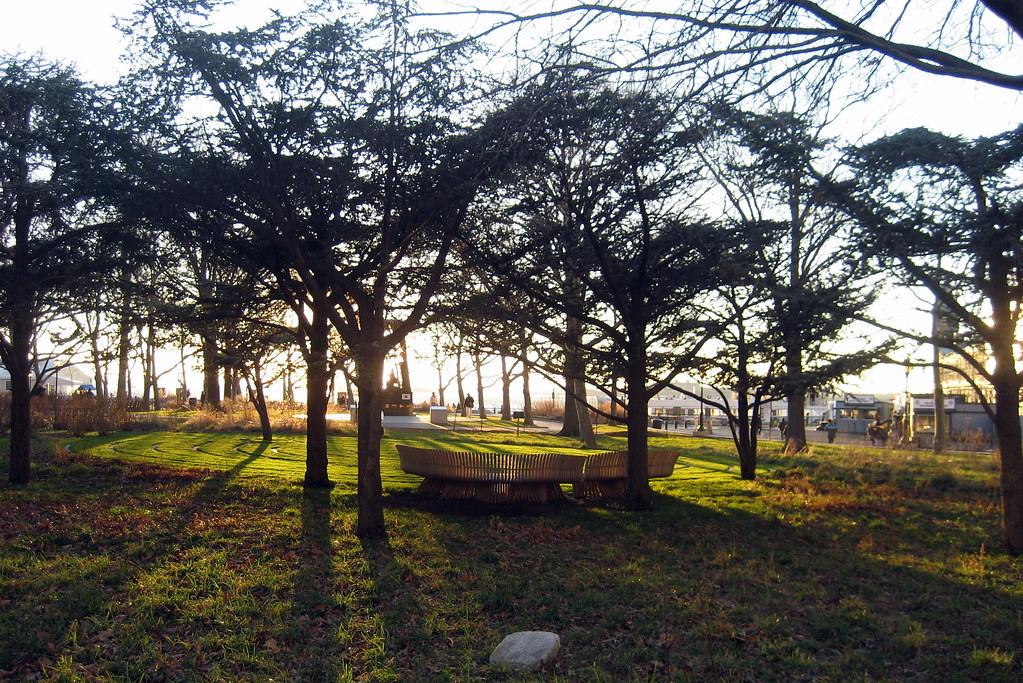 Nyc Battery Park Jerusalem Grove And Battery Labyrinth