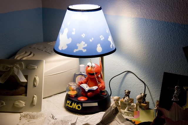 Elmo Lamp   Laurel and Randy found this Elmo lamp at one of …   Flickr
