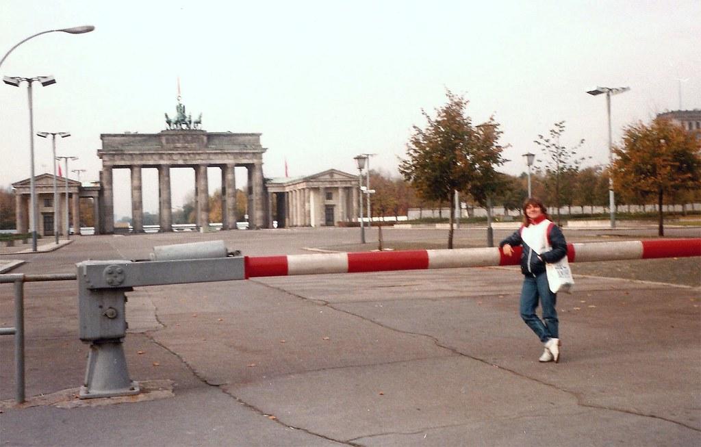 germany east berlin brandenburger tor october 1983 flickr. Black Bedroom Furniture Sets. Home Design Ideas