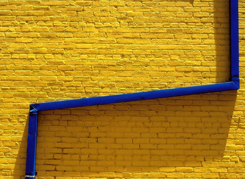 blue and yellow walls - photo #8