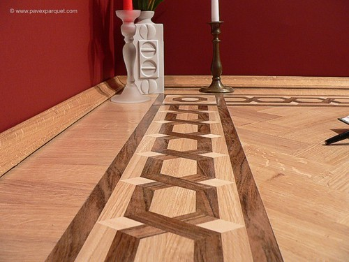 Inlay wood floor border by pavex parquet weaver lines for Wood floor medallions inlay designs