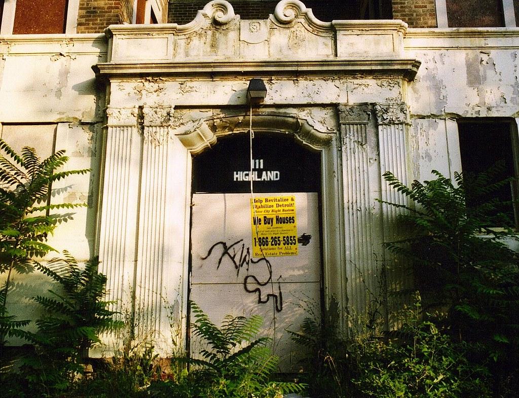 City Apartment Building Entrance.  Entrance Abandoned Apartment Building Highland Park MI by pinehurst19475 Flickr