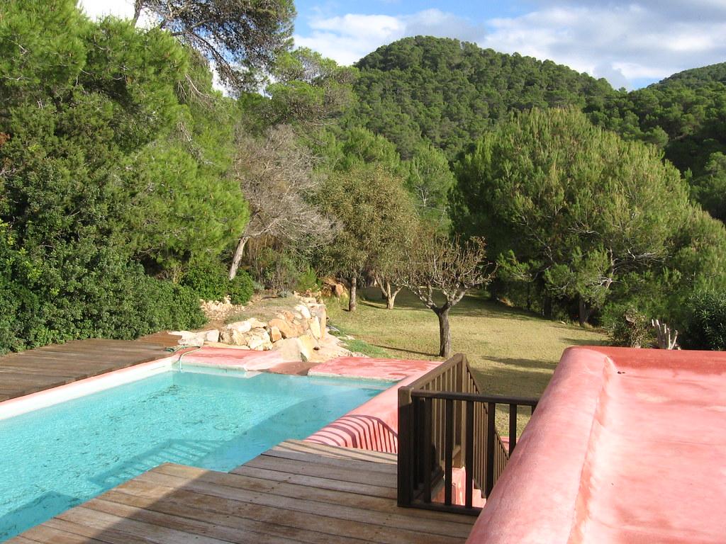 La casa rosa ibiza karen flickr for La casa rosa milano