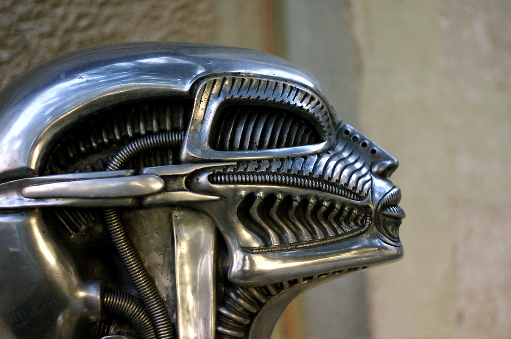 the life and career of the swiss sculptor hr giger