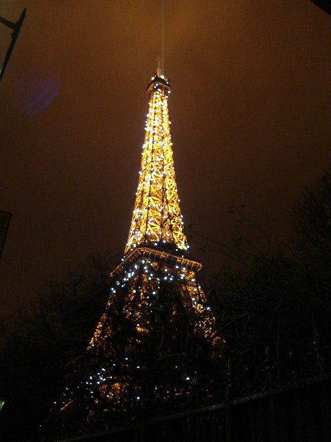 eiffel tower flashing lights on the hour the eiffel tower flickr