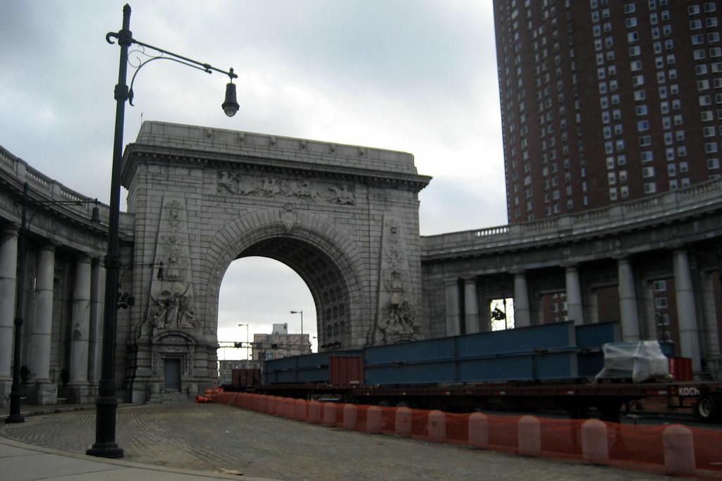 Nyc Chinatown Manhattan Bridge Arch And Colonnade Flickr