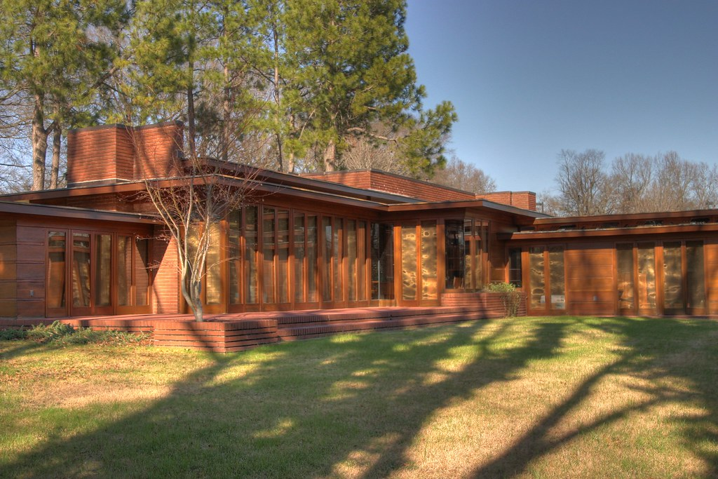 Frank lloyd wright rosenbaum home flickr for Frank lloyd wright parents