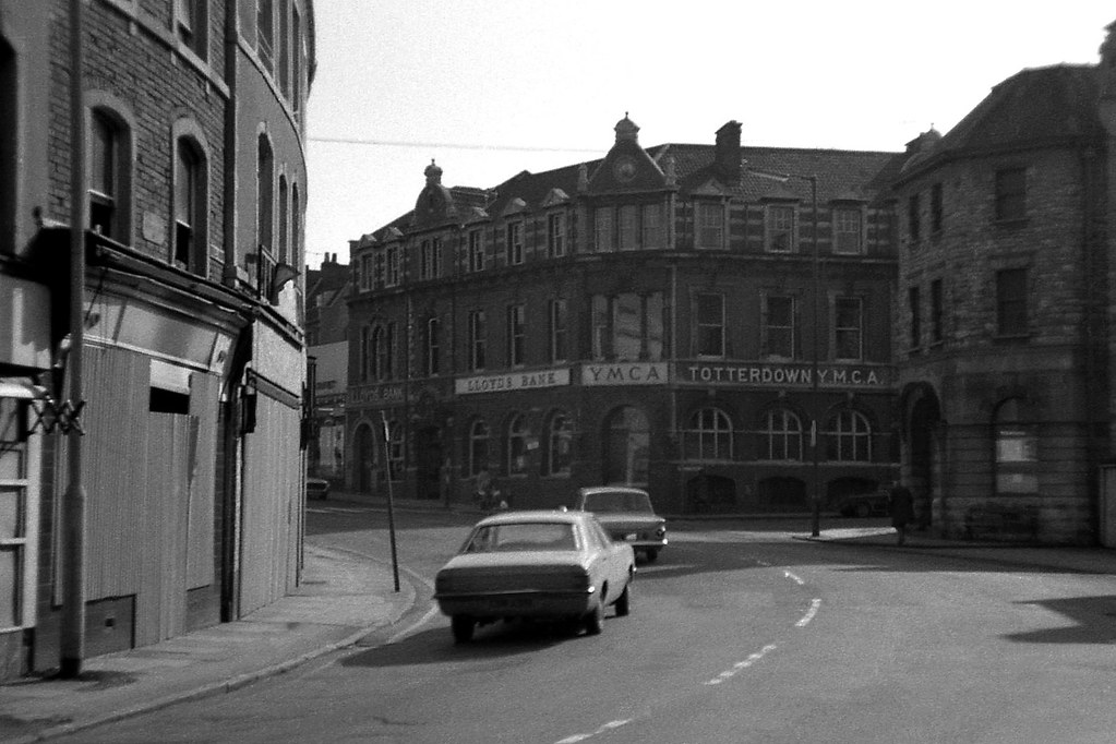 Ymca Totterdown Bristol 1973 The Bend Of The Wells